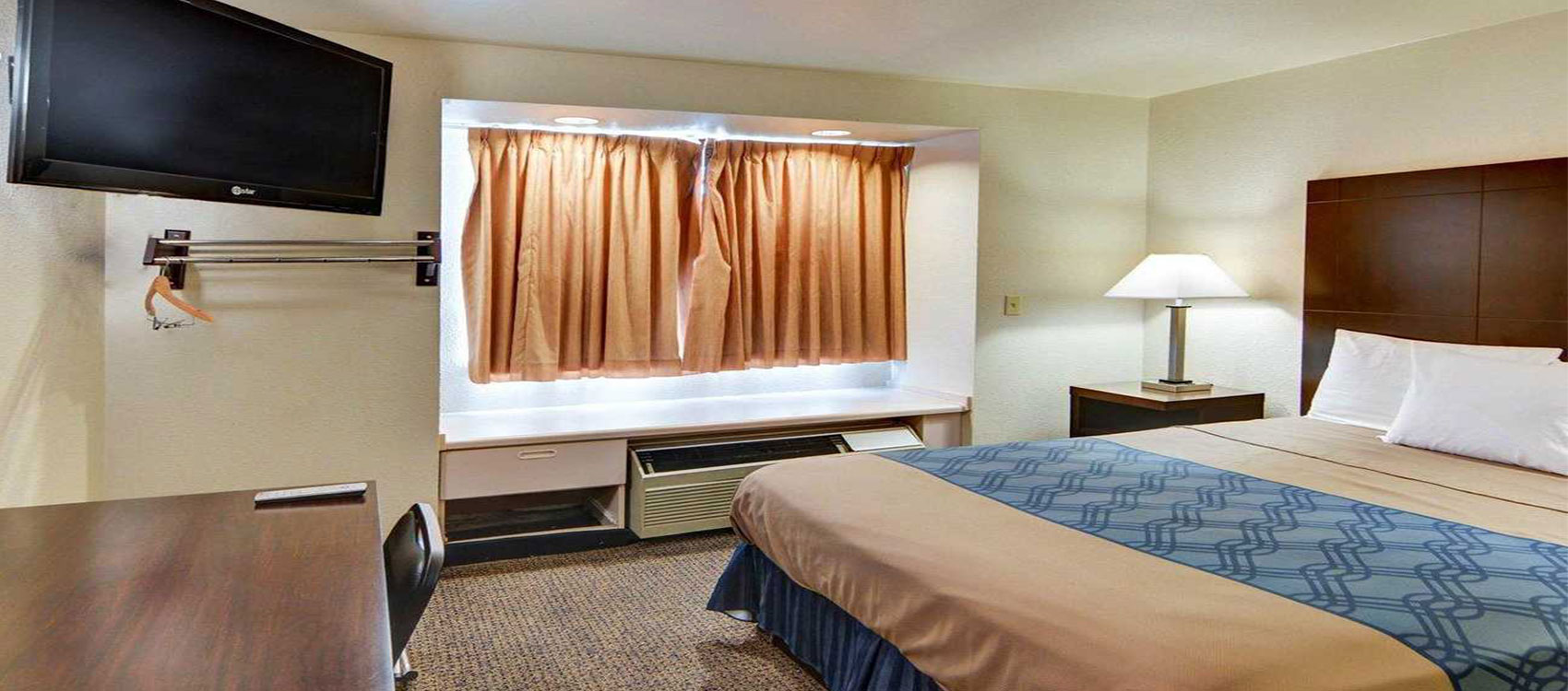 Hotel in Lewisville, TX King Bed Room